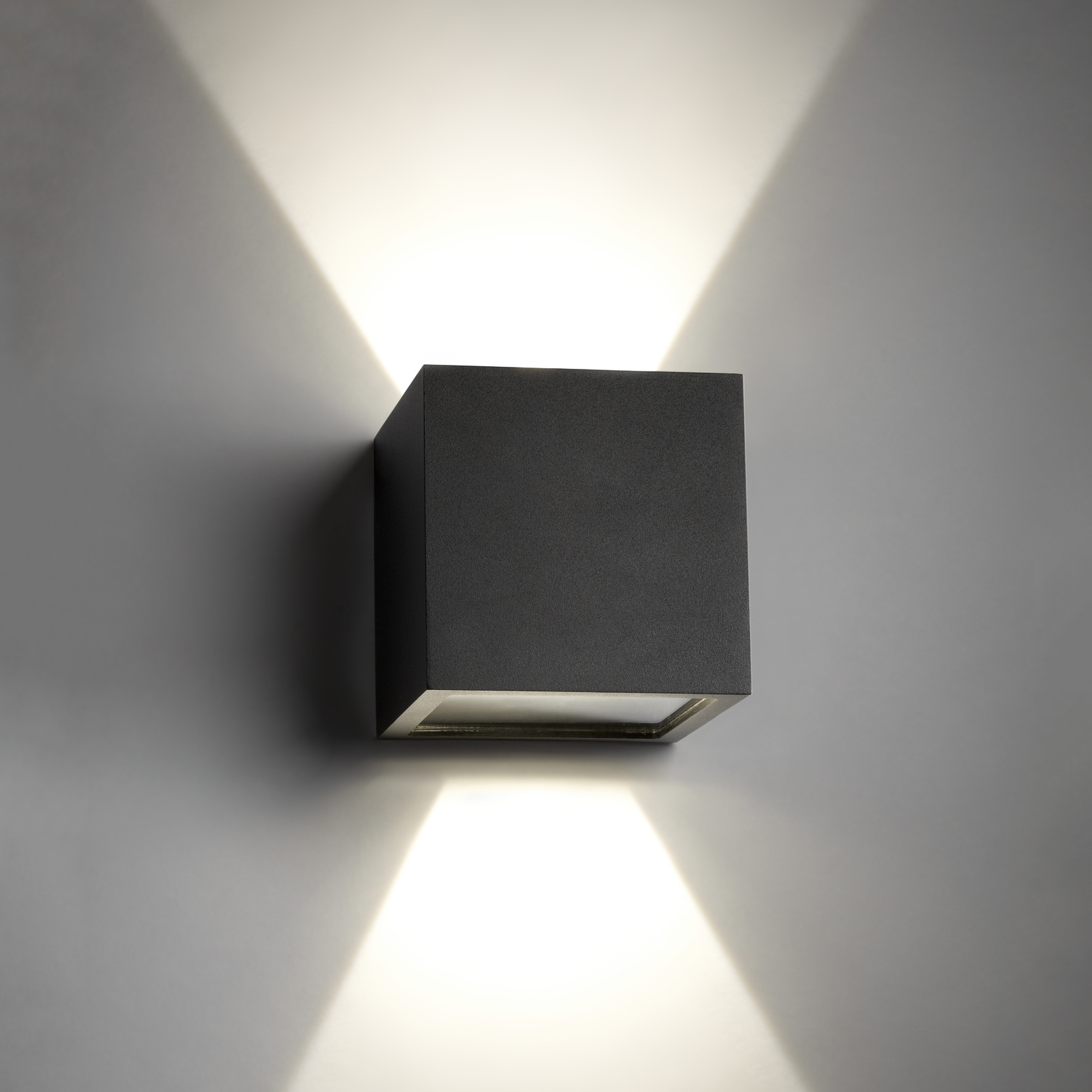 CUBE MINI LED BLACK